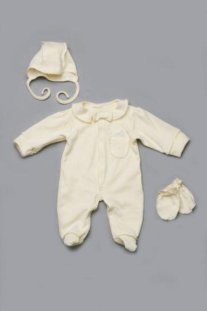 нарядный комплект на выписку молочный для новорожденного мальчика купить