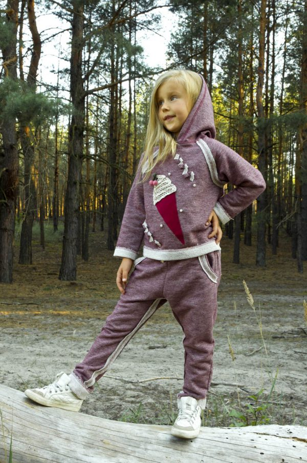 костюм с капюшоном для девочки трехнитка