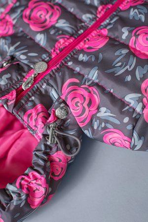 детская куртка деми с капюшоном принт розы