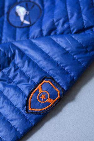 синяя куртка с шевронами недорого для мальчика