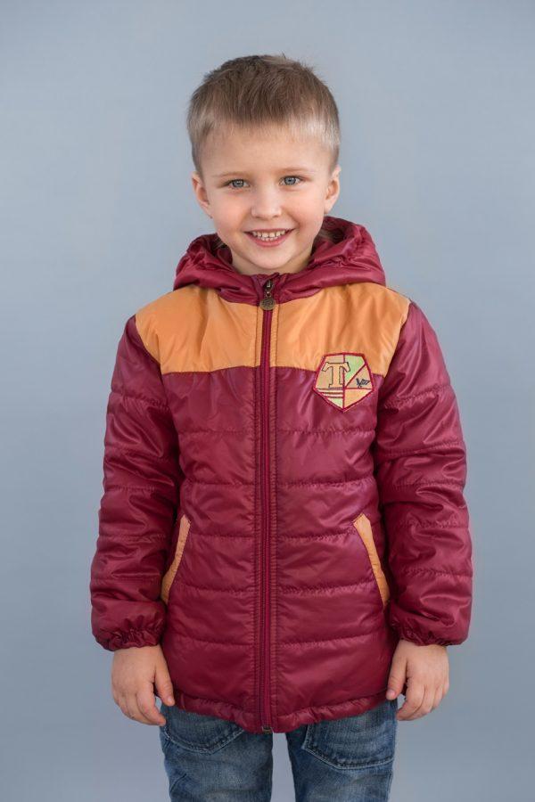демисезонная куртка для мальчика в спортивном стиле бордовая
