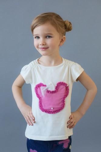 недорогая футболка для девочки с декором