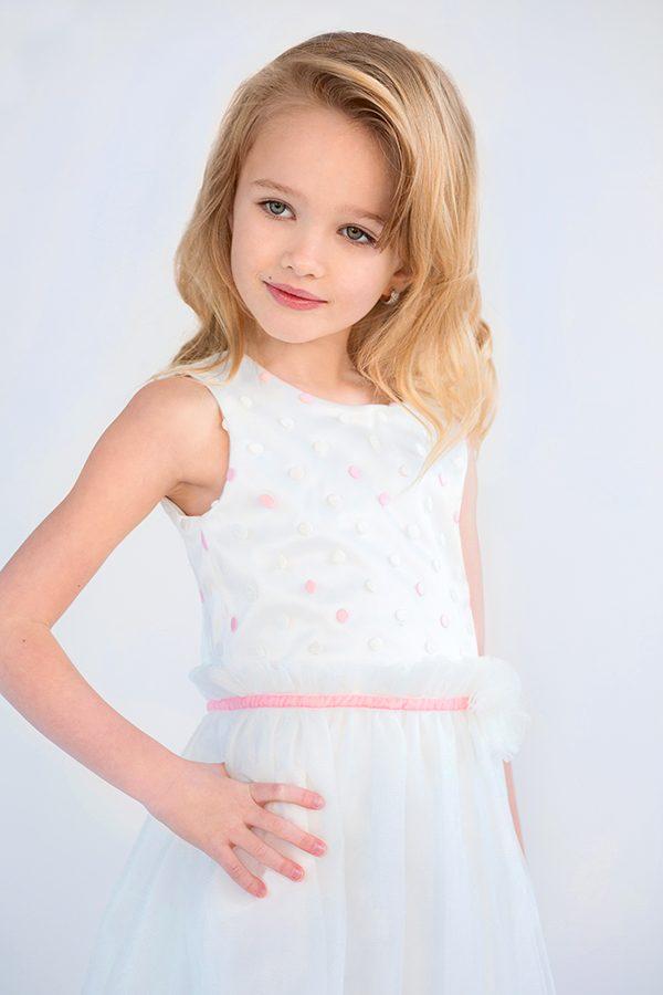 недорогое красивое платье на утренник праздник для девочки