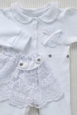 нарядный белый комплект для девочки на выписку