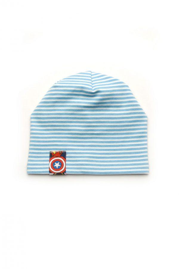 шапка в полоску со сборкой на затылке для мальчика