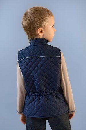 стеганая жилетка для мальчика от производителя