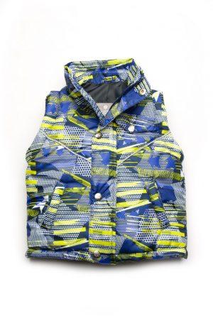 практичная куртка-жилет для мальчика деми недорого