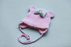 шапочка для девочки с ушками и бантиком на завязках купить