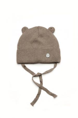 демисезонная шапка с ушками на завязках для мальчика