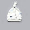 Шапочка с узлом для новорожденного мальчика